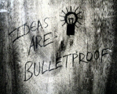 Ideas are bulletproof - Imagen pública