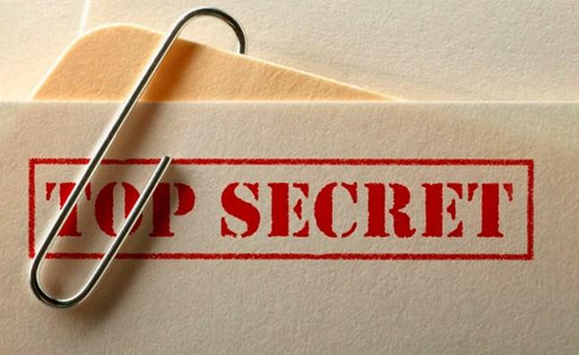 Secretos y paranoia - Imagen pública