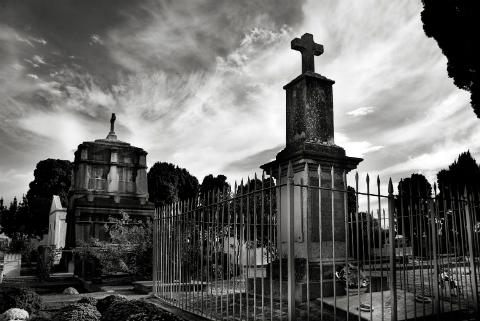 cementerio donde va llevar: