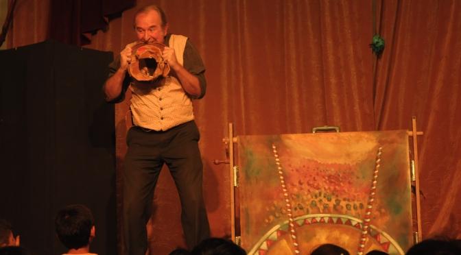 Marionetas en el circo: Último día del FIT Héctor Azar