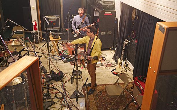 Weezer en el estudio