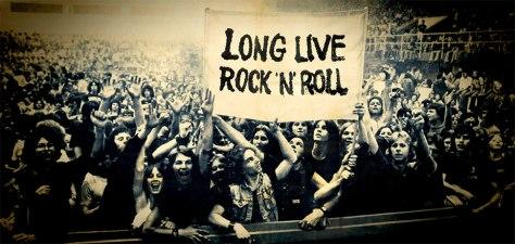 Long live rock n' roll - Imagen pública