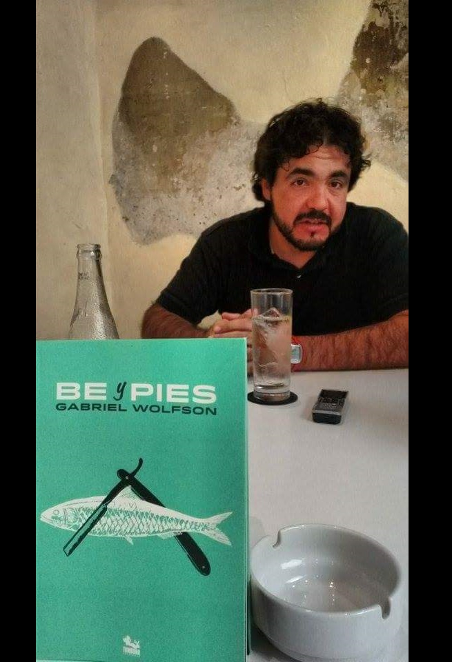 Be y Pies, el relato sin atarse a géneros: entrevista a Gabriel Wolfson